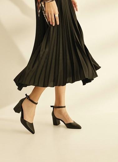 Sole Sisters Topuklu Ayakkabı Siyah - Deları Siyah